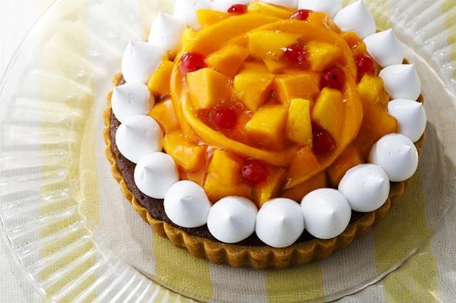 画像2: 魅惑のトロピカルフルーツがスイーツに大変身!オリジナルマンゴーパフェもお好きなだけ。