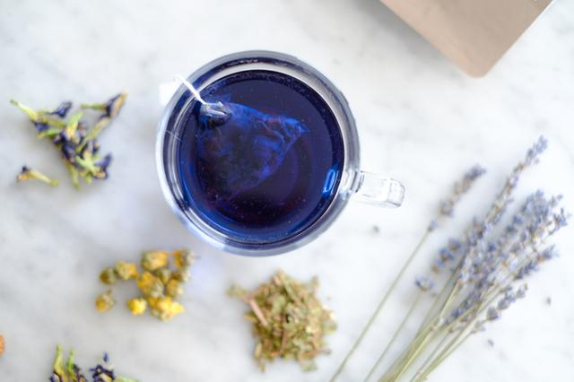 画像1: 鮮やかな青色、一日の終わりに飲みたいリラックス処方「サファイアブレンド」