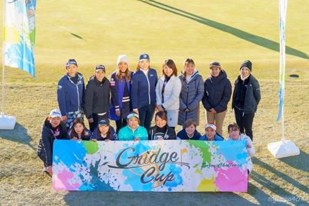 画像: ▲2020年度の決勝大会に同行した女子プロゴルファー16名
