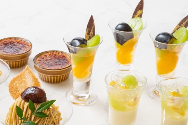 画像: 日本酒ヴェリーヌ(右下)、栗のクレームブリュレ(左上) 長野パープルとシャインマスカット サマーシトラス(右上)