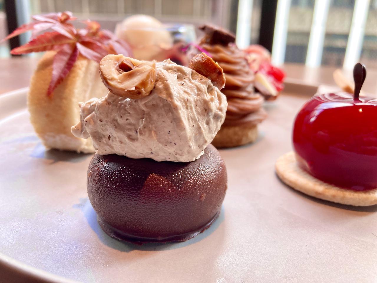 画像2: 【試食レポ】美食の秋を、ヴィーガンで♡ ホテルの華やかなケーキセットが見逃せない!