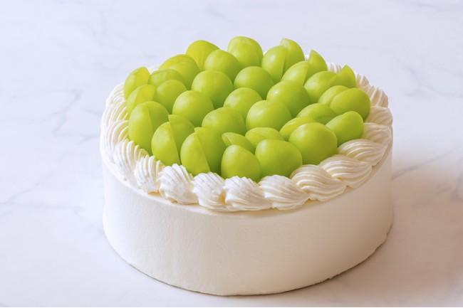 画像3: 上品な風味が至高の逸品 「極上シャインマスカットショートケーキ」 発売スタート
