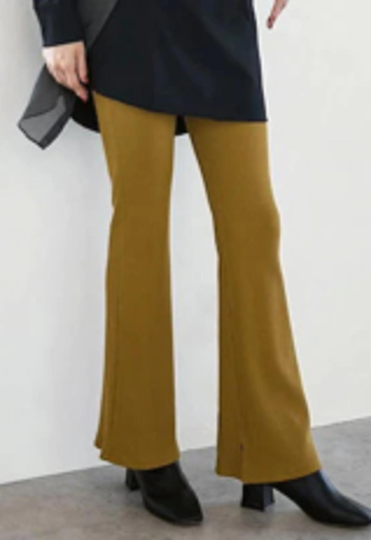 画像3: 内田理央も鷲見玲奈も欲しくなる秋服!「袖も裾も可愛いっ♪」 光沢のある素材でキレイめなバルーン袖マウンテンパーカー!