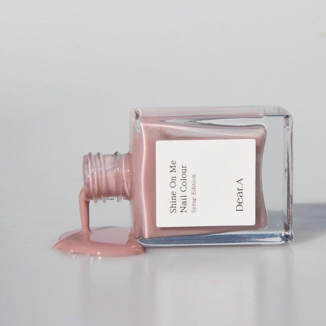 画像: SE05. INTIMATE(インティメイト) / 1,200円(税込) 甘すぎない青みよりのピンクカラーでやさしさを纏う。