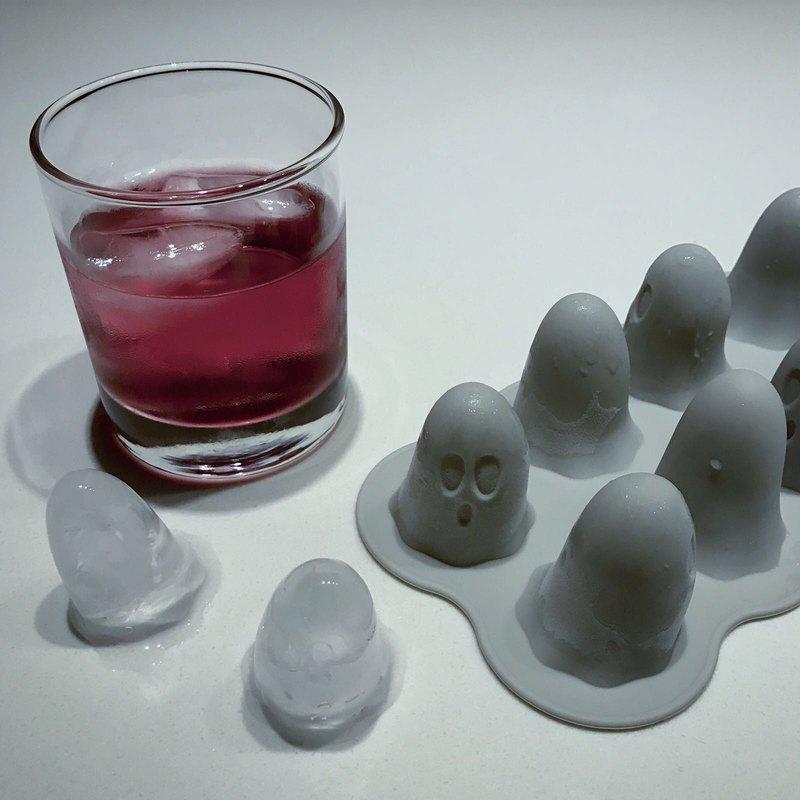 画像: フローティングゴースト-製氷機│アイスドリンク/モールド/スモールケーキ - The Daydreamer Studio  | Pinkoi
