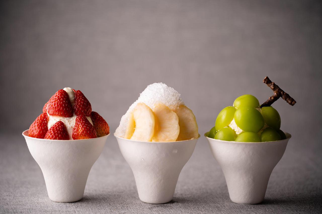 画像: 【ぱふぇ】 フルーツそのもののおいしさを味わって頂く為、相性の良い黒糖生クリームと濃厚ミルクソフトと硝子寒天を使ったぱふぇ。