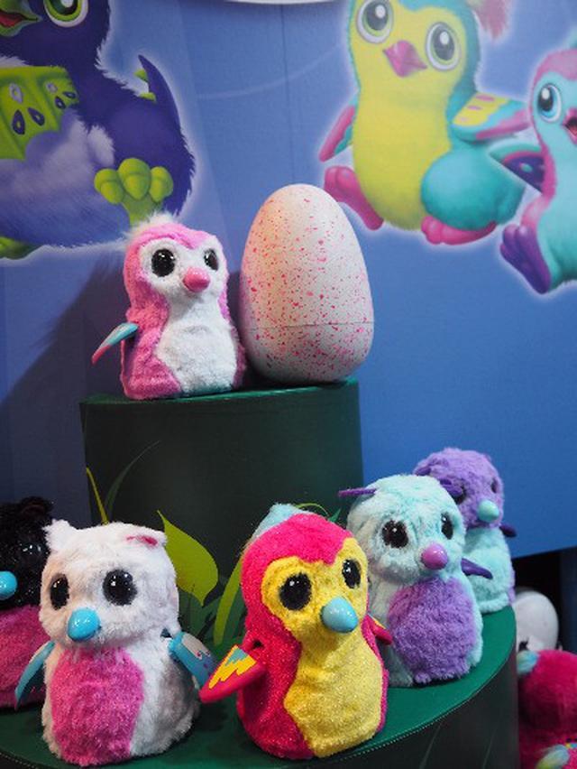 画像: タマゴを孵化させよう!本格的な育成おもちゃ「うまれて!ウーモ」☆
