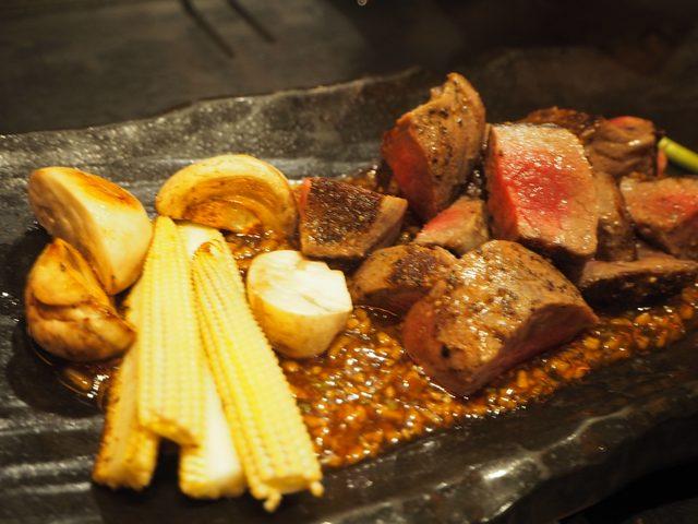 画像: ●国産黒毛和牛のステーキ~台湾醤油のガーリックステーキ~