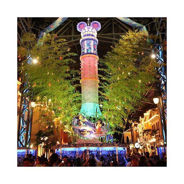 画像: 七夕✨ #ディズニーランド#夢の国#七夕#短冊#キラキラ#star#Disneyland#instapic#instagood#l4l#f4f instagram.com