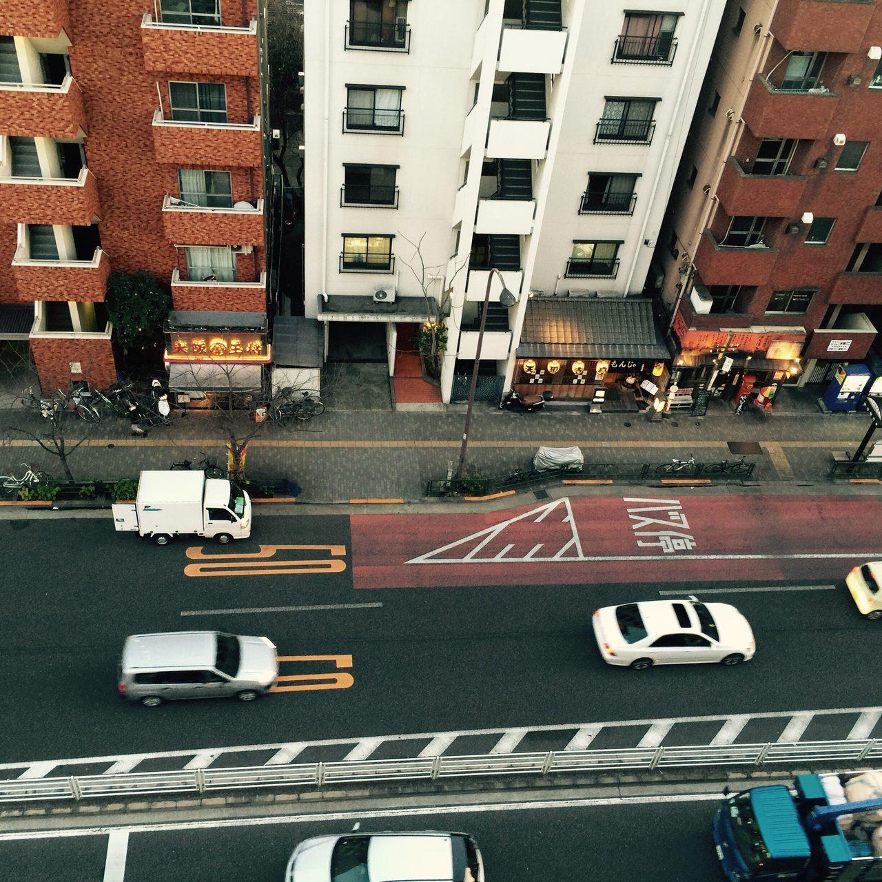 画像: 広尾。明治通りを見下ろして。