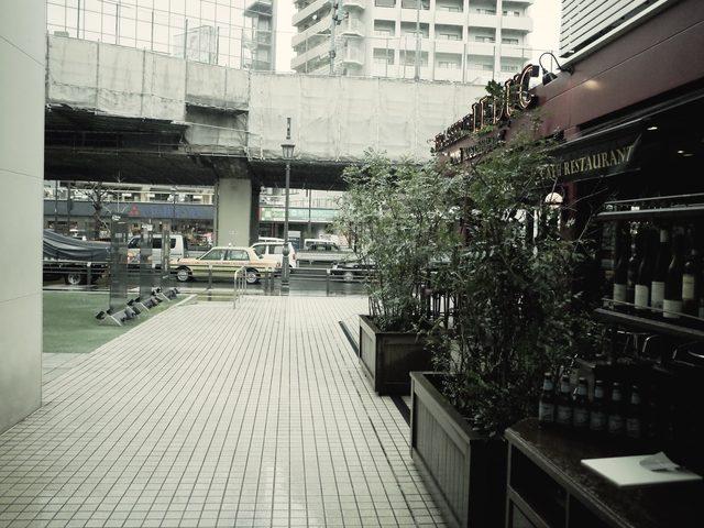 画像: 雨の六本木通り