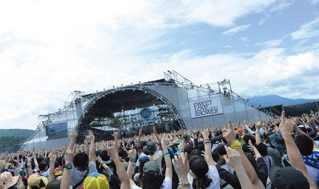 画像: 富士山とライブが同時に見られる SPACE SHOWER SWEET LOVE SHOWER 2015 −20th ANNIVERSARY −