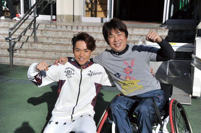画像1: 【夢の課外授業リポート】 EXILE TETSUYAと子どもたちが車椅子バスケに挑戦