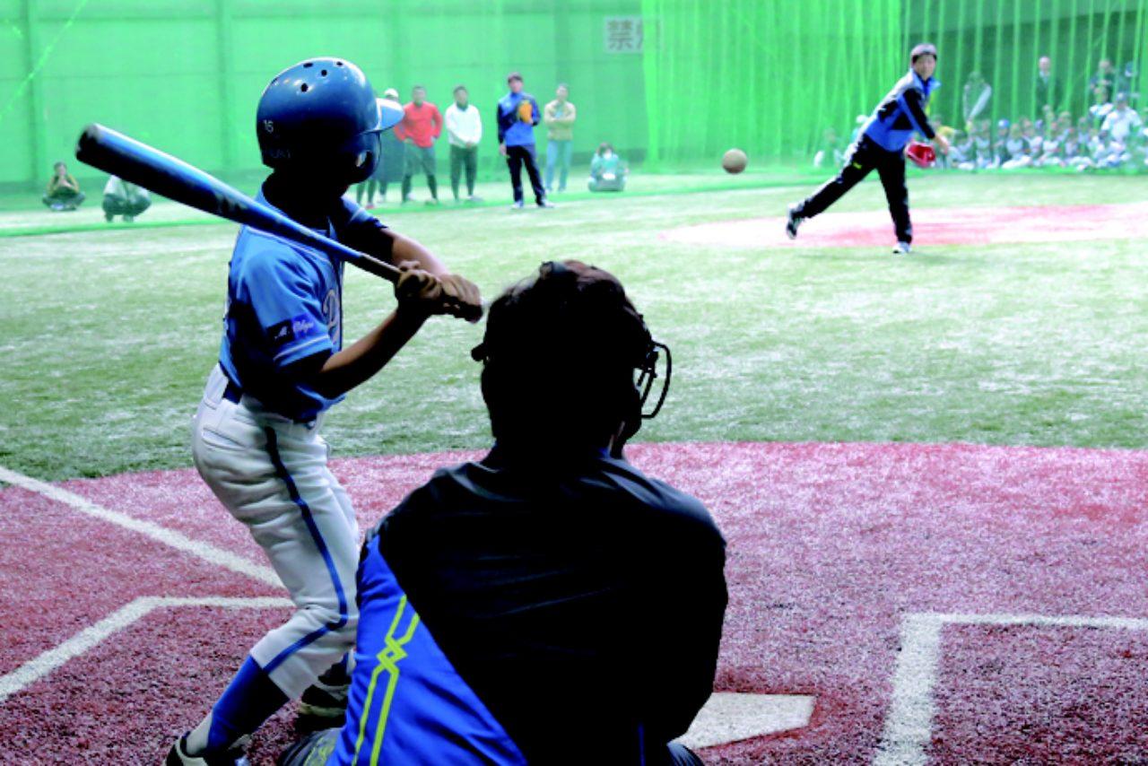 画像: 選手と対決