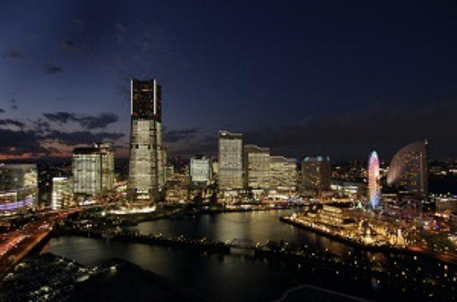画像: TOWERS Milight 2015~ みなとみらい21 オフィス全館ライトアップ|冬の横浜 クリスマス・年末年始特集