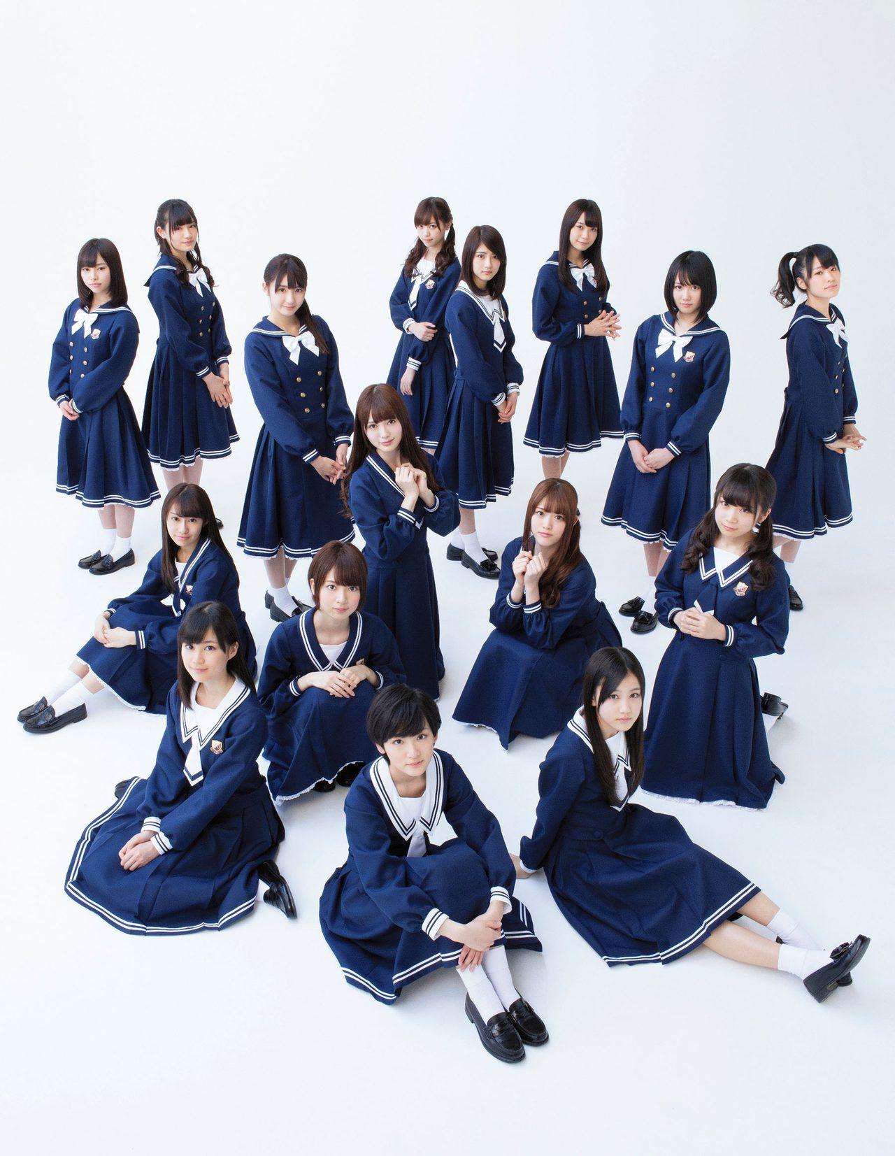 画像: 5枚目のシングル「君の名は希望」の選抜メンバー。紅白でもこの楽曲を披露する。この曲のメロディーからも、グループの「上品さ」が感じられる。 news.dwango.jp