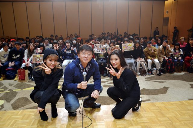 画像: E-girls 楓さん、川本璃さんが銀世界の軽井沢プリンスで公開録音