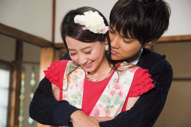 画像: ©鈴木由美子/講談社©2016「白鳥麗子でございます!」製作委員会 エスピーオー配給