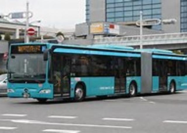 画像: 京成バスの中には、連節バスもある