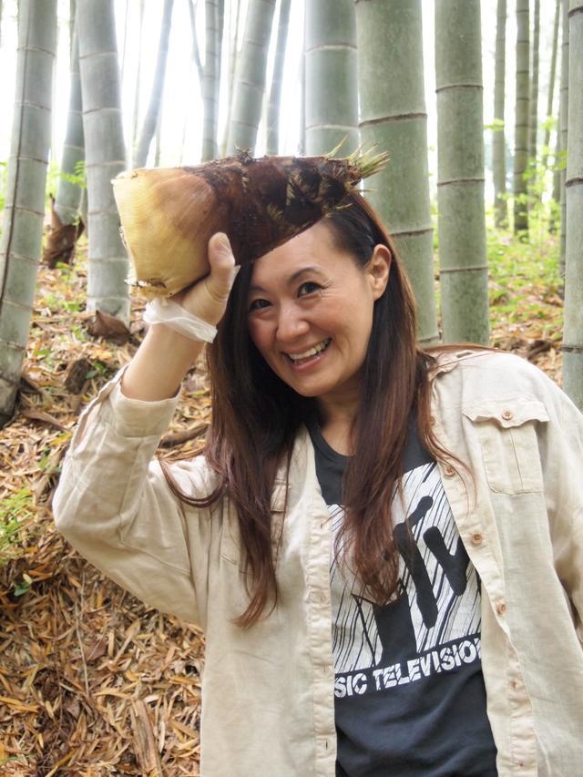 画像3: 夏の畑は大豊作で決定!みんなでジャガイモの芽かき Farming Garden in リソル生命の森リゾート イベントリポート