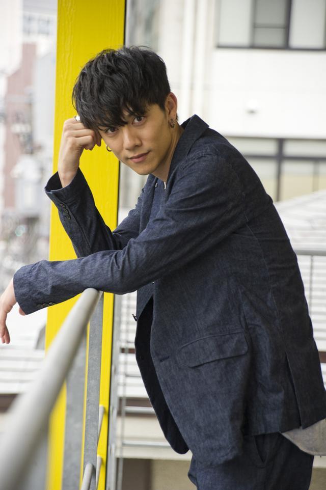 画像: スタイリスト:吉田ナオキ 衣装協力:EGO TRIPPING 、GARROT TOKYO 撮影・蔦野裕