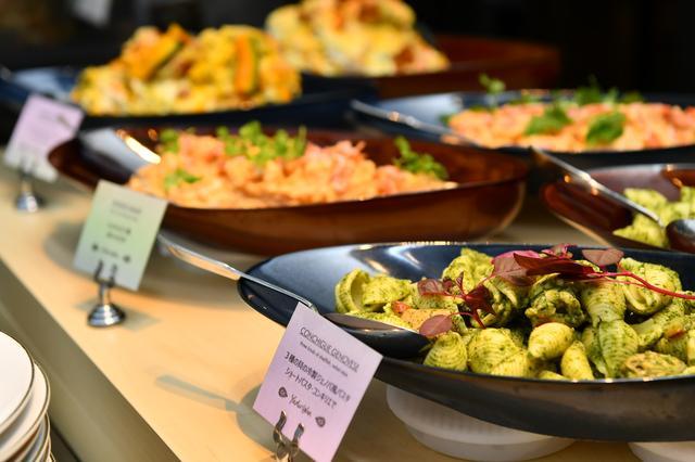 画像2: ビュッフェで楽しめるタパス料理