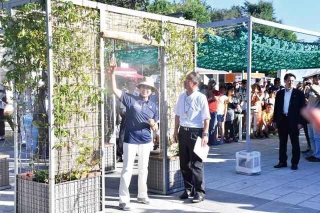画像: リオの熱を東京で感じるイベント、小池知事が視察