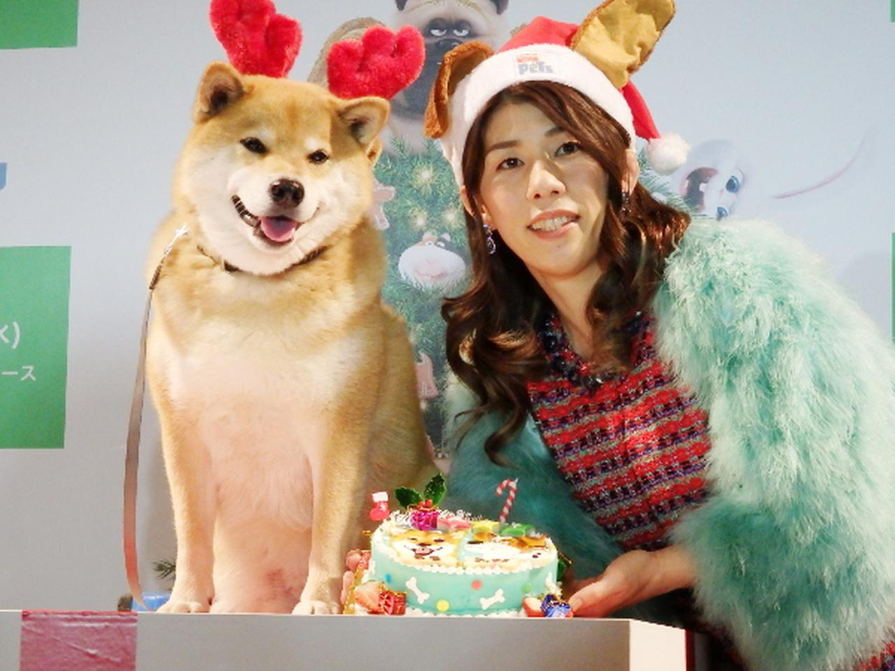画像: サンタ姿の吉田沙保里、クリスマスプレゼントは「よきパートナー」
