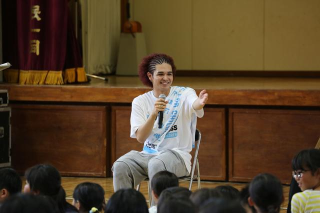 画像4: EXILE小林直己、THE RAMPAGE神谷健太 与那嶺瑠唯 熊本の小学校で 『夢の課外授業』 を開催!