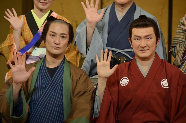 画像1: TOKIO松岡と中村獅童が三谷幸喜の舞台で共演「鍋パーティーでみんなと仲良くなった」