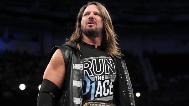 画像: AJスタイルズが妻との不仲を否定もサモア・ジョーが新証拠【WWE スマックダウン】