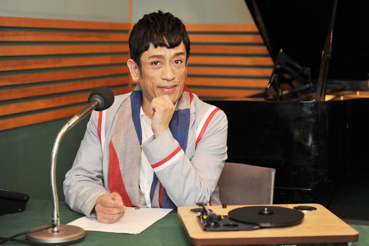 """画像: TOKYO MXでもあふれる音楽愛をバラ撒き中! クリス松村「レコード針を落とした時の""""これ、いい""""を届けたい」"""