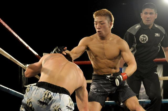 画像: 復帰戦で激闘制した山本健斗デリカットが「リオン武選手と戦いたい」【10・26 修斗】