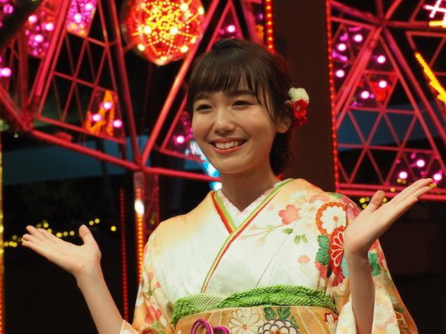画像: 飯豊まりえが着物で点灯! 東京ドームの和のイルミ