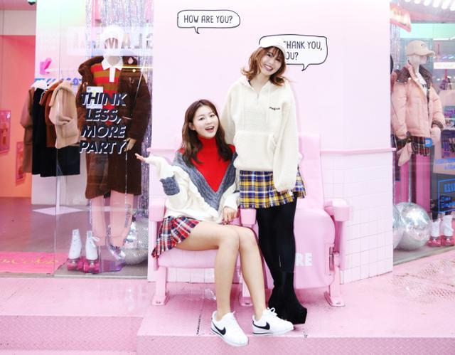 画像: 【FRONT LINE in 韓国】韓国の女の子たちに大人気のブランド「rolarola」