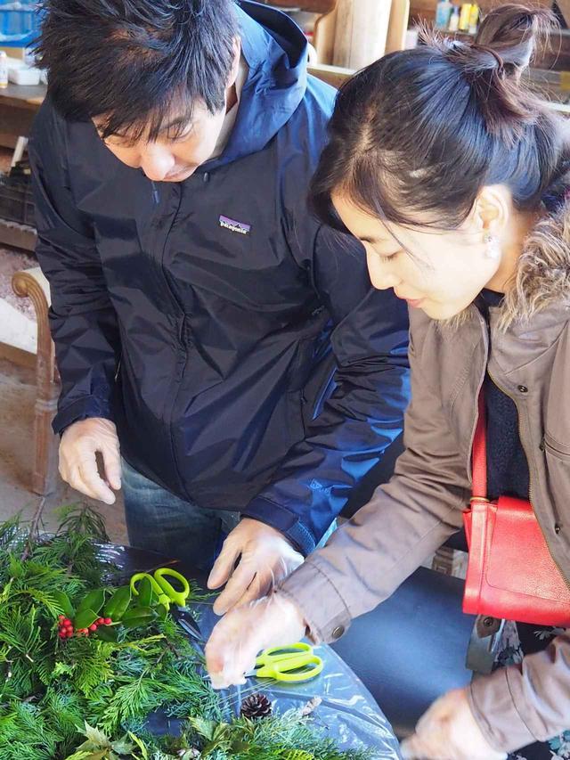 画像3: 恒例のクリスマスリース作りと燻製料理に舌鼓 Farming Event Report【2018.11.25】