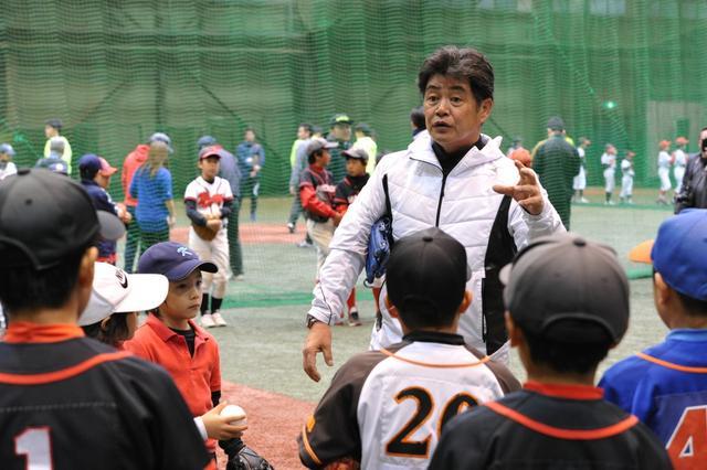画像: 工藤監督と現役プロ野球選手が子どもたちに一足早いクリスマスプレゼント