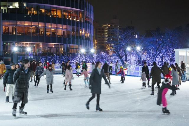 画像: 本物の氷でできた都内最大級のアイススケートリンク/1月8日(火)の東京イベント
