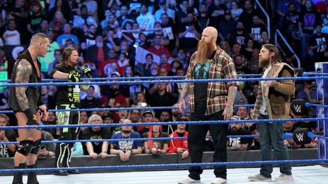 画像: WWE王者ブライアンが2・17「エリミネーションチェンバー」で防衛戦【1・29 WWE】
