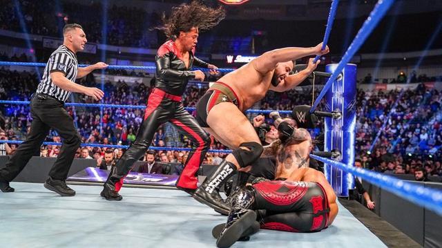 画像: 中邑真輔が復讐の乱入もリコシェ&ブラックに返り討ち【3・5 WWE】