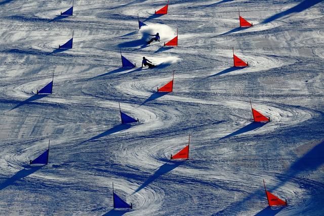 画像: スノーボード パラレル大回転 『軌跡』【アフロスポーツ プロの瞬撮】