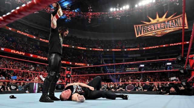 画像: ロリンズのローブロー&カーブストンプでレスナー悶絶【4・1 WWE】