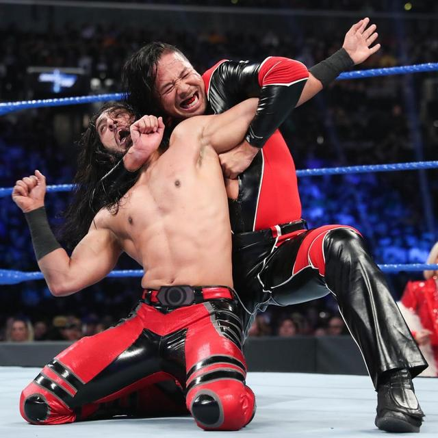 画像: 中邑真輔 6人タッグで敗戦後に襲撃受けるダブルパンチ【4・9 WWE】