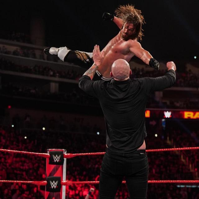 画像: AJスタイルズが「マネー・イン・ザ・バンク」でユニバーサル王座に挑戦【4・22 WWE】
