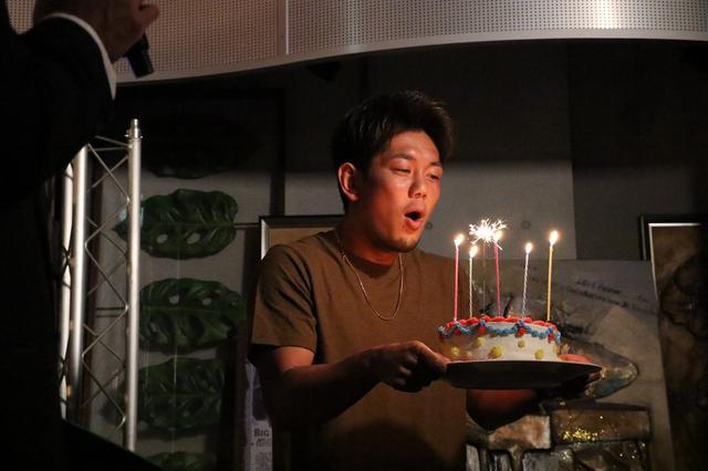画像: 皇治が生誕祭で「勇気をもって行動を起こす」と他団体参戦についても言及【K-1】