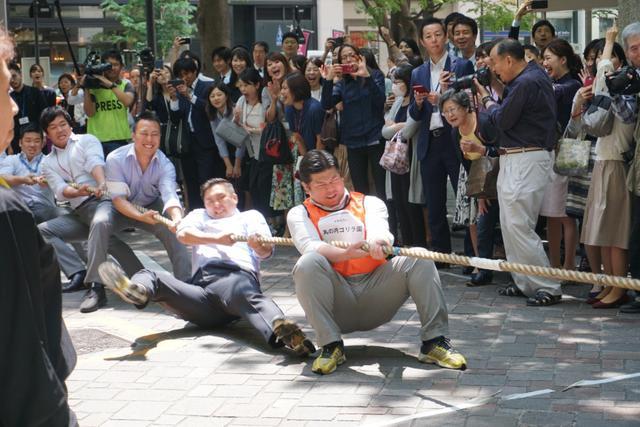 画像: 丸の内で大人たちが本気の綱引き大会をしてみたら...。銀座でも開催予定!