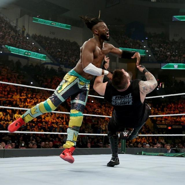 画像: キングストンが裏切り者のオーエンズ破りWWE王座防衛【5・19 WWE】