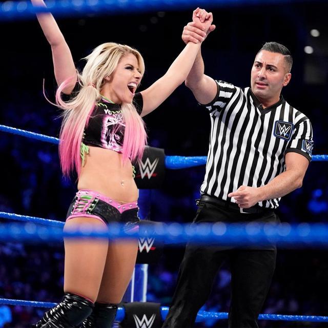 画像: 新PPV「ストンピング・グラウンズ」でベイリーvsアレクサのスマックダウン女子王座戦【WWE】