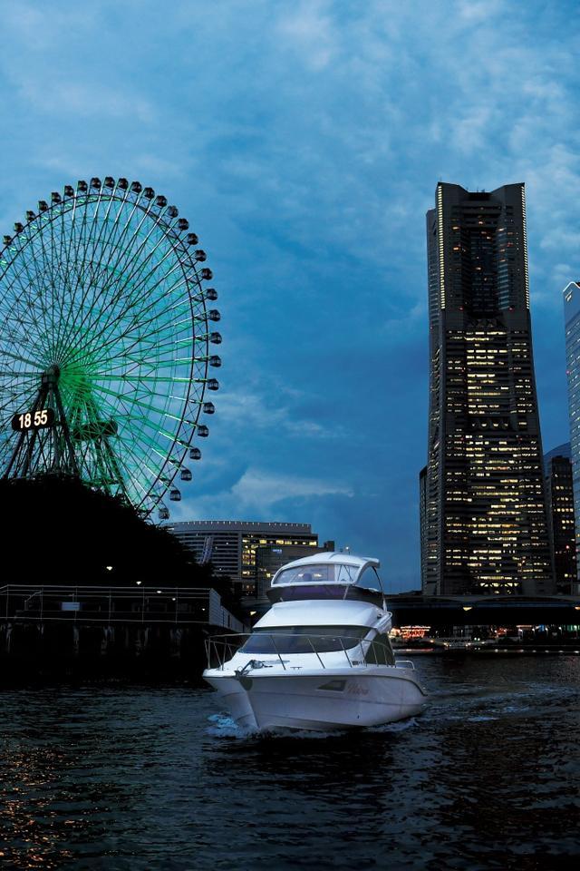 画像: 海から見る景色は、極上のプレゼント「Special Twilight Cruise」