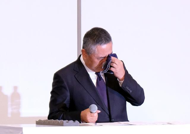 画像: 吉本興業の岡本社長が謝罪「冗談だった」宮迫の契約解除は撤回